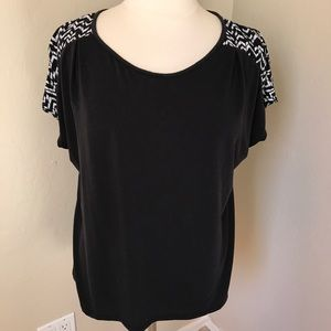 BLACK SLEEVED PRINT TOP BLOUSE XL CASUAL